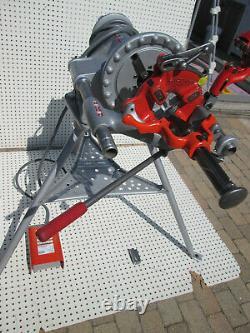 EXC RIDGID 300 T2 PIPE THREADER MACHINE 811 head 1/2-2 Complete set