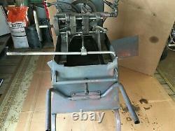OSTER PIPE / BOLT THREADER Model 552 + Extra die Heads