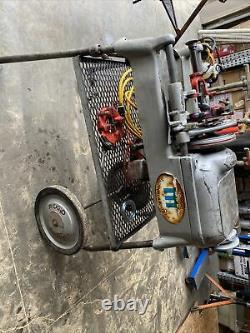 RIDGID 535 THREADING MACHINE WITH RIDGID CART 2 DIES & 460 & 3 Strands 004