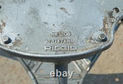 RIDGID Model 300 Power Drive Complete Pipe Threading Machine with 1206 Stand