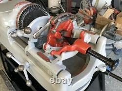 RIDGID POWER PIPE THREADING MACHINE #535 With 2 UNIVERSAL DIE HEADS