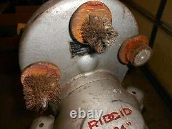 Ridgid 124 / 124A Copper Pipe Cleaning / Prep Machine on legs, works USA