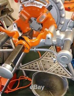 Ridgid 300 1/2 to 2 Pipe Threader with Oiler Bucket Threading Machine 15682