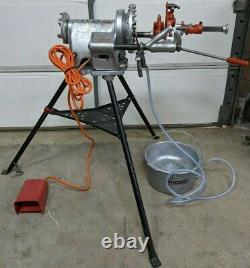 Ridgid 300 Pipe Threader Machine With Oiler Bucket And Stand