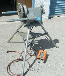 Ridgid 300 Pipe Threader Machine with 1206 Tristand