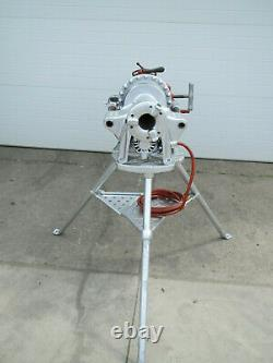 Ridgid 300 Power Pipe Threader Threading Machine with Complete Carriage & Tristand