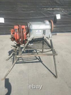 Ridgid 400A pipe threader and 141 head pipe threading machine