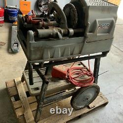 Rigid 535 1/2 to 2'' Pipe Threader Manual Chuck/ Threading Machine with Cart (4)