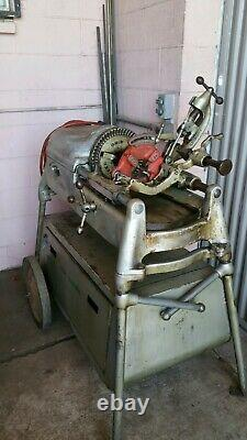 Rigid 535 1/8 to 2'' Pipe Threader Manual Chuck/ Threading Machine with Cart